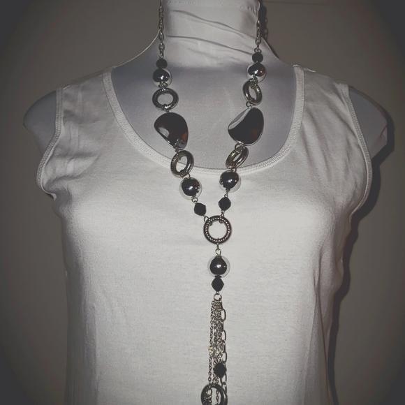 Silver & Black Necklace w/Earrings